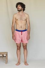 Homme portant un maillot de bain au séchage ultra rapide Bright Red Azulejos