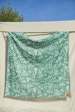 Family beach sheet Tropics