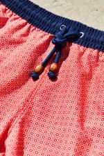 homme portant un maillot de bain Red Azulejos