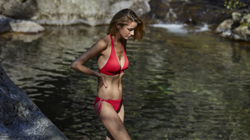 A beautiful and glamorous swimsuit for the summer